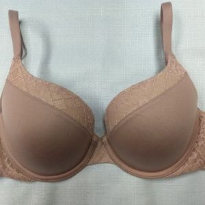 Victorias Secret 32DD Perfect Shape UnderWire Bra.